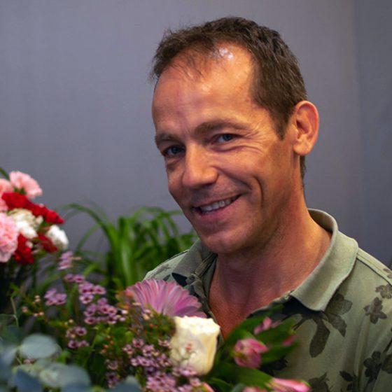 Ricardo, de Floristería Yerba, y su sonrisa